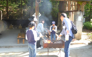2017-Ds-bbq-325×200